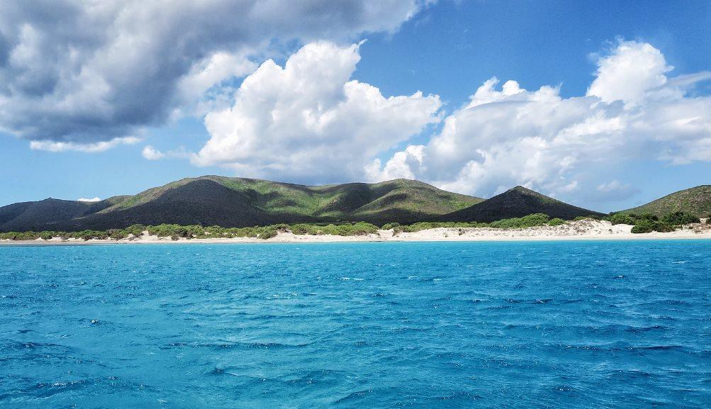 Dieses Bild hat ein leeres Alt-Attribut. Der Dateiname ist Küste-Sardininien-Foto-Enrico-Napoleone.jpg